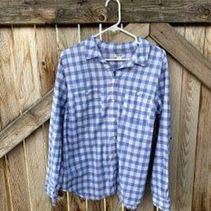 Old Navy checkered button down shirt pocket womens